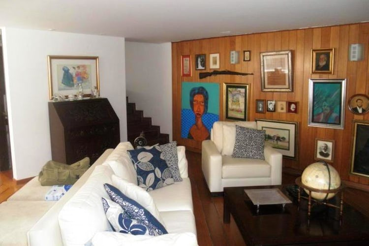 Foto 13 de Apartamento en Bogota Rosales - dúplex, con tres alcobas