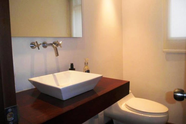 Foto 20 de Apartamento en Bogota Rosales - dúplex, con tres alcobas