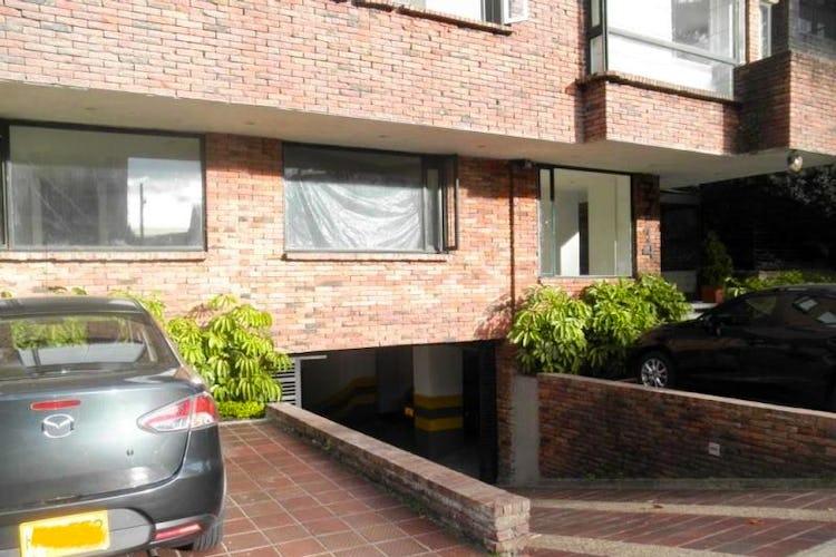 Foto 23 de Apartamento en Bogota Rosales - dúplex, con tres alcobas