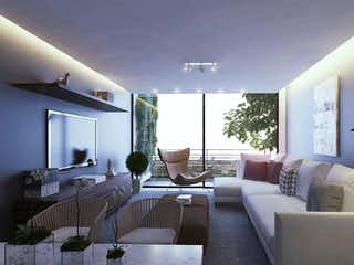 Una sala de estar llena de muebles y una gran ventana en Río Amazonas 74