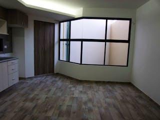 Una cocina con un gran ventanal en ella en Relaciones Exteriores 39