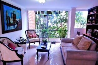 Apartamento en venta en Señorial de 3 hab. con Piscina...