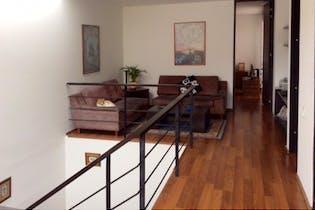 Casa en venta en Usaquén de 281m²