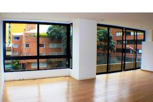 Apartamento en venta en El Virrey de 204m²