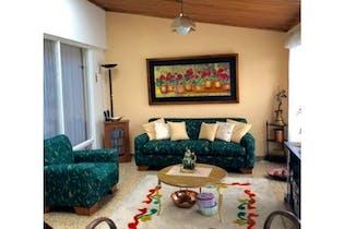Casa en venta en Niza de 4 habitaciones
