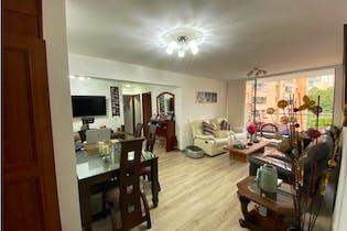 Apartamento en venta en Poblado de 3 hab. con Bbq...
