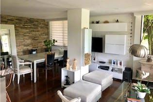 Apartamento en venta en Alejandria/Poblado de 4 hab. con Piscina...