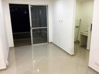 Un cuarto de baño con ducha y una ducha en Apartamento en venta en Santa María de tres habitaciones