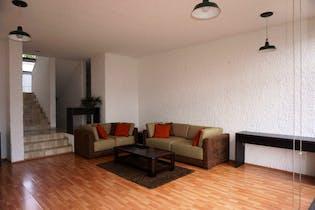Casa en venta en Real De Las Lomas de 4 hab. con Jardín...