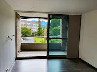 Una vista de un pasillo desde un pasillo en Apartamento en venta en Guayabito, 90mt con balcon