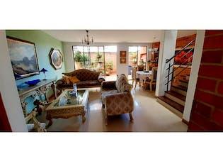 Casa en venta en Itagüí de 5 hab. con Piscina...