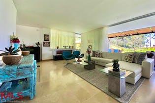 Casa en venta en Alto de Las Palmas Indiana de 355mts, dos niveles