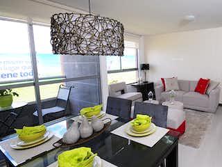 Una sala de estar llena de muebles y una televisión de pantalla plana en Castellon de los Condes