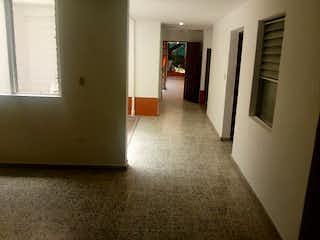Una cocina con nevera y una nevera en Apartamento en venta en El Progreso, de 190mtrs2