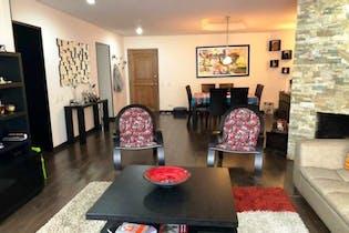 Apartamento En Venta En Bogota Cerros De Niza tres alcobas. Sala comedor con chimenea a leña