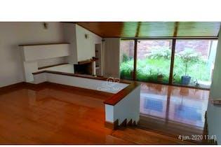 Casa en venta en Chicó Reservado, 300m² con Jardín...