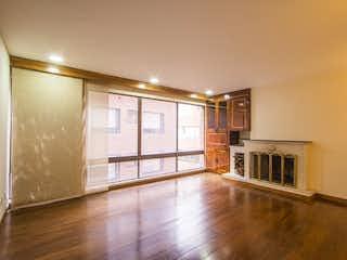 Una vista de una sala de estar y una sala de estar en Apartamento duplex en Venta en Rosales de 164m2
