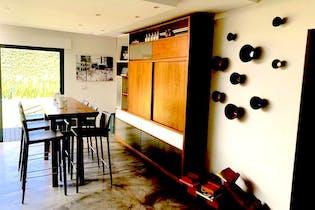 Casa en venta en Lomas De Vista Hermosa de 4 recámaras