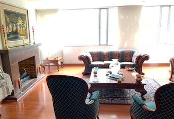 Apartamento En Bogota Chico con e alcobas y hermosa vista al exterior