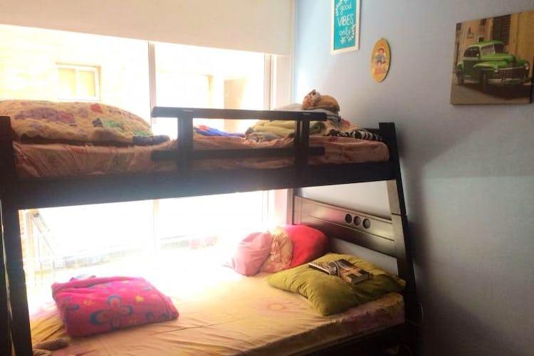 Foto 9 de Apartamento En Venta En Bogota Calleja Baja  con dos balcones en piso tercero.
