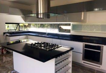 Casa en venta en Casco Urbano Cajicá, de 400mtrs2