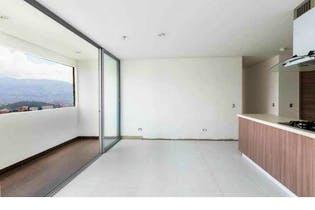 Apartamento en venta en El Poblado, 91m² con Piscina...
