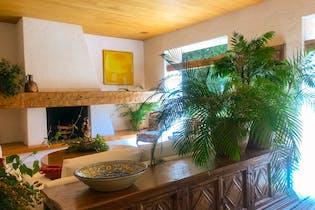 Casa en venta en Lomas De Virreyes con acceso a Jardín