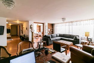 Apartamento en venta en Santa Barbara Usaquén de 3 hab.
