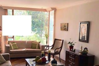 Apartamento En Venta En Bogota Chico Norte Dos garajes y depósito.