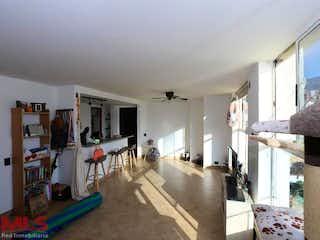 Una vista de una sala de estar y una sala de estar en Casa Roma