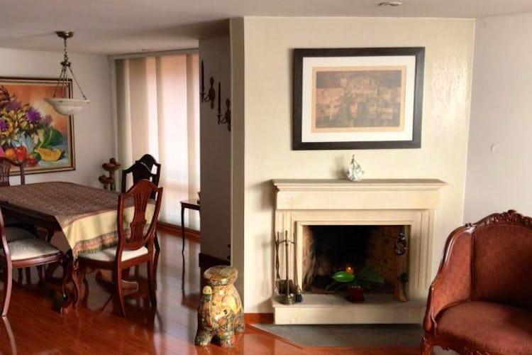 Foto 2 de Apartamento en Rincon del Chico, Chico - 138mt, tres alcobas, chimenea