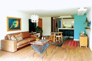 Apartamento en venta en El Poblado 131m² con Jardín...