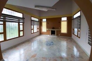 Casa en venta en San Antonio De Pereira 400m²
