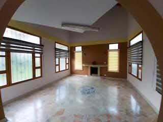 Una vista de una sala de estar y una sala de estar en Casa en venta en San Antonio de Pereira, de 400mtrs2
