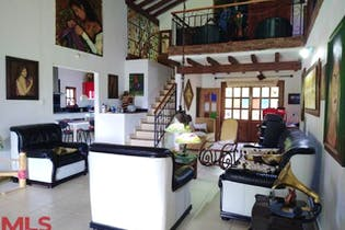 Casa en venta en Autopista Medellín Bogotá, 380m²