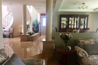 Casa en venta en Lomas De Valle Escondido con Bbq...