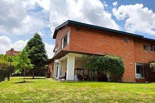 Avellaneda, Casa en venta en San Lucas de 3 hab.