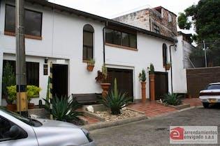 Casa en venta en Milan Vallejuelo de 4 hab. con Piscina...