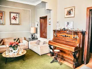 Casa en venta en Clavería, de 420mtrs2