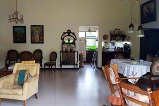Casa en venta en Casco Urbano El Retiro de 176m²