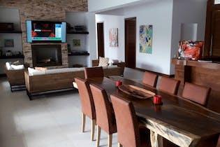 Casa en venta en Llano Grande, 665m² con Piscina...