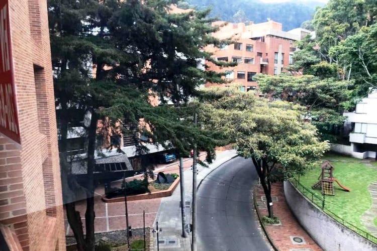 Foto 3 de Apartamento En Venta En Las Acacias, con chimenea a leña.