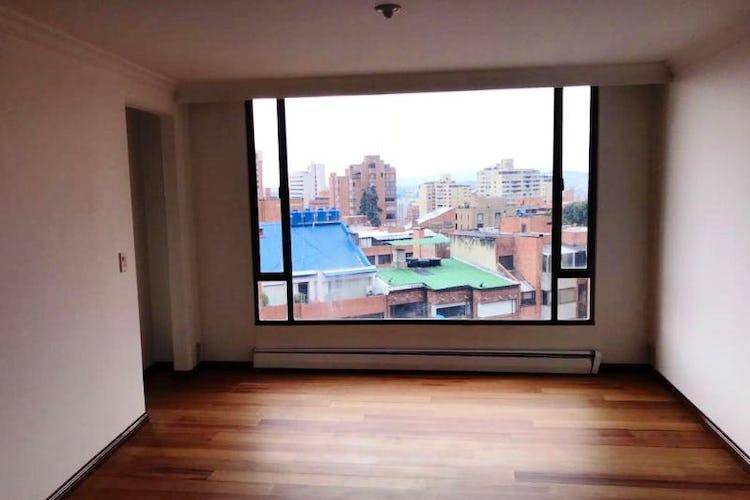 Foto 6 de Apartamento En Venta En Las Acacias, con chimenea a leña.