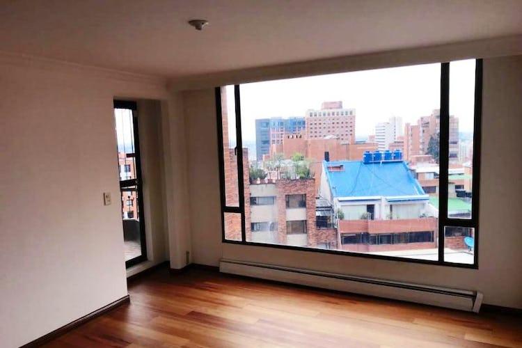 Foto 9 de Apartamento En Venta En Las Acacias, con chimenea a leña.