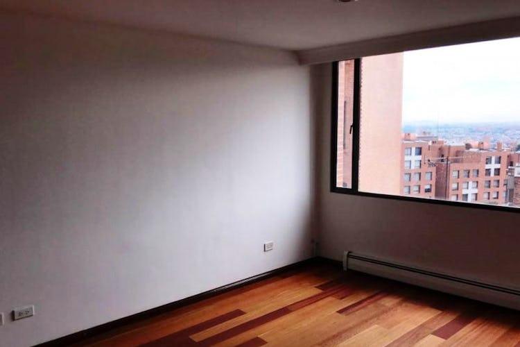 Foto 14 de Apartamento En Venta En Las Acacias, con chimenea a leña.