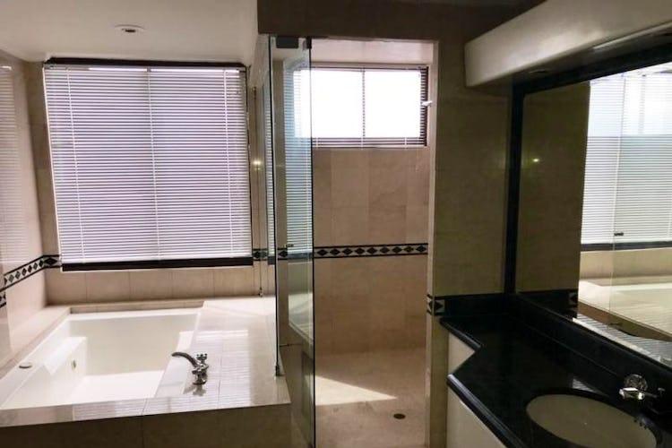 Foto 15 de Apartamento En Venta En Las Acacias, con chimenea a leña.