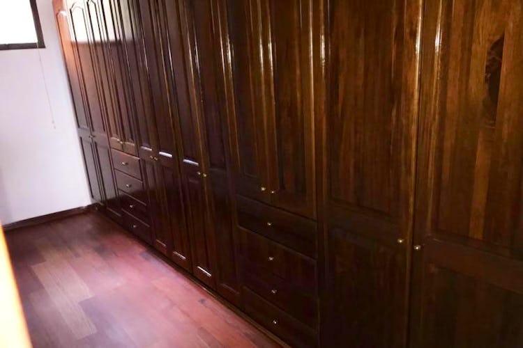 Foto 16 de Apartamento En Venta En Las Acacias, con chimenea a leña.