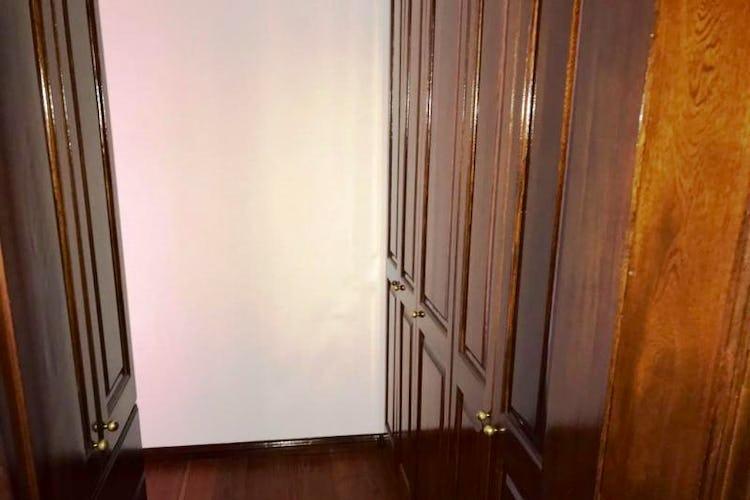 Foto 19 de Apartamento En Venta En Las Acacias, con chimenea a leña.