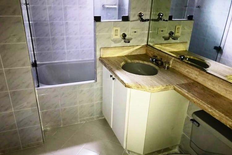 Foto 20 de Apartamento En Venta En Las Acacias, con chimenea a leña.