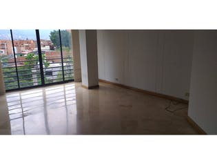 Apartamento en venta en Laureles de 108m² con Balcón...